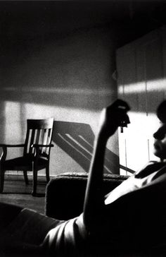 Black & White Photography Inspiration Picture Description Ralph Gibson The Somnambulist Ralph Gibson, Robert Frank, Black White, Foto Art, Foto Pose, Light And Shadow, American Art, Black And White Photography, Street Photography