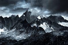 Monocromatic Alps by Polish photographer Jakub Polomski