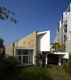 Galeria - Casa Fort / Sameep Padora & Associates - 11