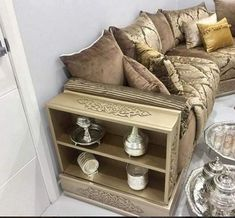 The model of the Moroccan salon was for me the most popular in 2018 Living Room Sofa Design, Home Room Design, Living Room Sets, Living Room Designs, Living Room Decor, Space Saving Furniture, Furniture Decor, Moroccan Home Decor, Kids Bedroom Designs