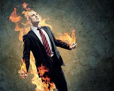 3 tipy jak se na vedoucí pozici vyhnout vyhoření Řídit vlastní prosperující byznys je vnitřně velmi uspokojivé. Pokud se však dostaví neúspěchy či dlouhodobé problémy, pracovní přetížení, nedostatek spánku, odpočinku i relaxace, následujevyčerpání. To může vést až ktzv. vyhoření, které je pro každého lídra pohromou. Umět se mu vyhnout je v konkurenčním prostředí jedna z nejdůležitějších dovedností. Majitelé a šéfovéContinue Reading