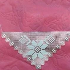 Crochet Doilies, Table Runners, Decor, Bread Baskets, Crochet Bow Ties, Crochet Blankets, Baby Boy Christening, Dots, Dressmaking