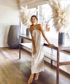 Gala Dresses, Evening Dresses, Formal Dresses, Wedding Dresses, Club Dresses, Looks Chic, Looks Style, Silver Gown, Dress Me Up