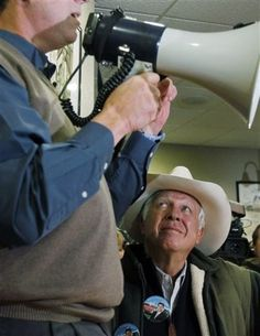 """Foster Friess Made """"Very Substantial"""" Donation To Romney SuperPAC Last Month"""