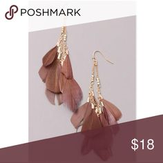 """💝🎀💕JOEY Brown Gold Chained Feather Earrings JOEY Brown Chained Feather Dangle Earrings  Gold Chained Brown Feather Dangle Earrings.  Closure: Fish hook Measurements: 3"""" approx.  FREE WITH PURCHASE: Cute organza drawstring pouch for storage or for gifting.  Available also in Rose Gold and in Black.   Festival Earrings  🛍Bundle & Save!! 10% 3+ items  💞No Trades MischkaPu Jewelry Earrings"""