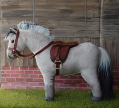 Hobby Horse, My Riding Pony, Model Ponies, Equestrian Toys Fjord Horse, Stick Horses, Clay Cats, Equestrian Decor, Horse Crafts, Hobby Horse, Horse Stalls, Equine Art, Horse Love