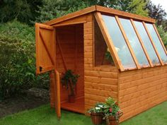 Garden Shed/Greenhouse - I want it!  (or make doors and chicken house with winter greens)