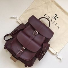 Choose the best models of very chic bags - Womens Bags Cute Leather Backpacks, Best Leather Backpack, Leather Bag, My Bags, Purses And Bags, Mini Mochila, Hipster Bag, Backpack Purse, Travel Backpack