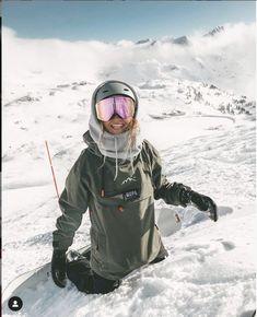 Ski Bunnies, Snowboarding Style, Snowboard Girl, Snow Outfit, Ski Season, Ski Fashion, Winter Pictures, Photo Instagram, Mode Outfits