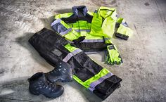 High visible Quality from GenXtreme Workwear & Outdoor. Check out our new shiny stuff! #Workwear #Arbeitskleidung #Blaklader #Snickers #Lowa #GenXtreme
