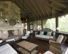 Great screened in porch! by rosa