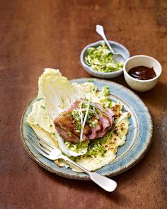 Savoury duck pancakes, filled with crunchy pickled spring onions, perfectly cooked duck and hoisin sauce - just like the ones you get from the takeaway. Duck Recipes, Asian Recipes, Chicken Recipes, Ethnic Recipes, Game Recipes, Chinese Recipes, Chinese Food, Duck Pancakes, Savory Pancakes