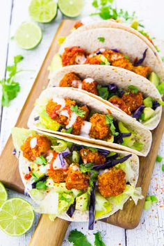 These cauliflower tacos with avocado and garlic sauce are the perfect comfort food! They make such a great vegan dinner. My favorite vegan tacos! Find more vegan recipes at veganheaven.org ! <3