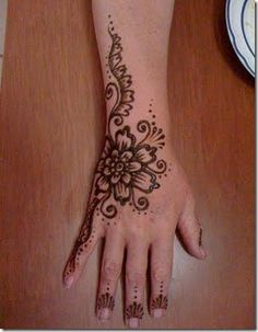 86 Best Beauty Images Hair Makeup Hairstyle Ideas Henna Tattoos