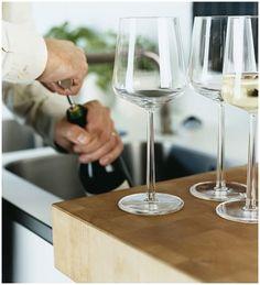 Iittala Essence Red Wine Glass http://www.entrepo.co.za/product/essence-red-wine-glass/