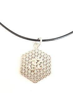 Om, Silver, Jewelry, Flower Of Life, Letters, Flowers, Gifts, Jewlery, Money