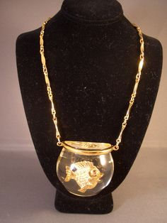 Rare Lucite Fishbowl  Necklace With Single Fish Vintage Harrice Simmons Castlecliff. $ 84.95
