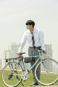 The Moment of Eighteen poster behind the scenes Drama Korea, Korean Drama, K Pop, K Drama, Ong Seung Woo, Hd Love, Seo Joon, Kim Jaehwan, Kdrama Actors