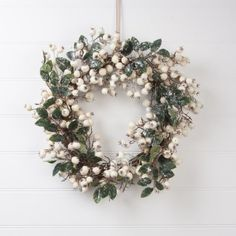 Gisela Graham Large White Glitter Berry Wreath Gisela Graham http://www.amazon.co.uk/dp/B00FKY2BDA/ref=cm_sw_r_pi_dp_ykwfwb0HFF49Z