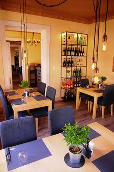 Furculision / str. Mihail Georgescu 24  Haute parter / restaurant design
