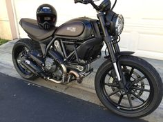 Mad Max FT with SW-Motech Crashbars, all blacked out and M-Shocks - Ducati Scrambler Forum
