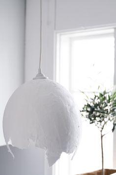 lampara de globo y yeso