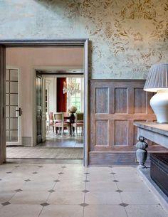Cheryl Tague Love the wall treatment here.. heavenly! Stone floors..