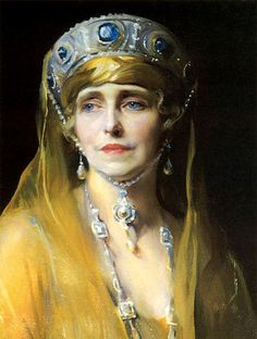 Queen Marie of Romania - plus the Grand Duchess Vladimir Sapphire tiara. Marie of Romania and Queen Mary of Great Britain both supported Grand Duchess Vladimir in exile by buying her jewels. Giovanni Boldini, Royal Tiaras, Tiaras And Crowns, Royal Crowns, John Singer Sargent, Munier, Royal Jewelry, Jewellery, Crown Jewels
