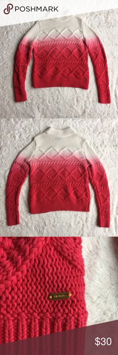 Tommy Hilfiger Ombré Sweater Tommy Hilfiger Size small Great condition Tommy Hilfiger Sweaters Cowl & Turtlenecks