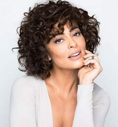 Medium Bob Kinky Curly Synthetic Hair With Bangs Capless Wig - Frisuren Curly Hair With Bangs, Curly Hair Cuts, Curly Bob Hairstyles, Hairstyles With Bangs, Curly Hair Styles, Wavy Hair, Stylish Hairstyles, Hairstyles 2016, Black Hairstyles