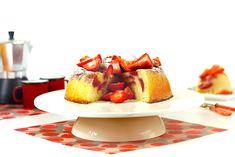 Tarta de fresas y almendras. Receta para Crock Pot #crockpot #crockpotting #slowcooker #slowcooking #tartas #fresas #bizcochos #recetas Slow Cooker Recipes, Crockpot Recipes, Tapas, Crockpotting, Waffles, French Toast, Cheesecake, Sweets, Breakfast