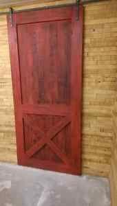 Porte de grange sur rail en bois de grange  ou autre sur mesure Lanaudière Québec image 1
