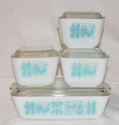 1950's Pyrex Refrigerator Dishes Set of 5  Amish by masmemories, $90.00.    I bought these for $7.50 at a garage sale!