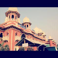 Kanpur Central Railway Station (CNB) in Kānpur, Uttar Pradesh