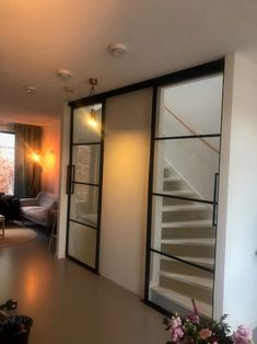 Open Trap, Glass Barn Doors, Interior And Exterior, Interior Design, House Stairs, Loft Spaces, Staircase Design, Building Design, Home And Living