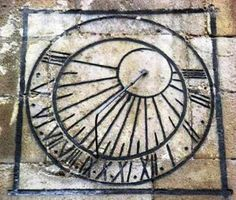 Reloj de sol declinante a levante. Santa María de Miranda de Ebro. Siglo XVIII.
