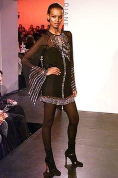 Diane von Furstenberg Fall 2002 Ready-to-Wear Fashion Show - Diane von Furstenberg, Liya Kebede