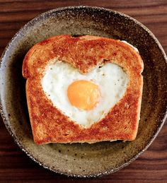 7 Breakfast-In-Bed Recipes Perfect For Valentine's Day
