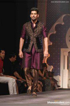 Raghavendra Rathore Show at AVIBFW 2013