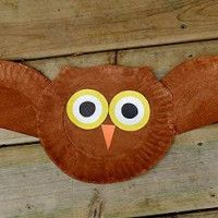MUST make this owl for fall with the girls.  Use smaller plates and could make a whole garland of them.