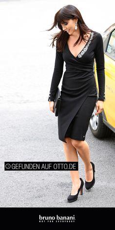 Vertrieb: Otto.de  Allrounder Designer-Kleid in Midi-Länge. Wunderschöner Schnitt mit WoW-Effekt!