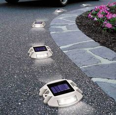 solar powered driveway light