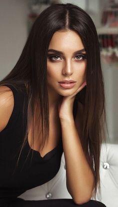 Most Beautiful Faces, Beautiful Girl Image, Beautiful Eyes, Gorgeous Women, Girl Face, Woman Face, Brunette Beauty, Hair Beauty, Brunette Girl