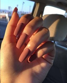 Discovered by elenazocc. Find images and videos about style, nails and Nude on W… Discovered by elenazocc. Find images and videos about style, nails and Nude on We Heart It – the app to get lost in what you love. Fall Acrylic Nails, Acrylic Nail Designs, Spring Nail Art, Spring Nails, Winter Nails, Long Nails, My Nails, Matte Nails, Fake Gel Nails