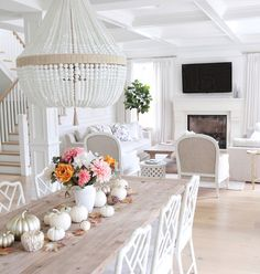 Faux White and Mettalic Pumpkins Dining Table Decor. Faux White and Mettalic Pumpkins Fall Decor. Faux White and Mettalic Pumpkins. Faux White and Mettalic Pumpkins #FauxWhitepumpkins #MettalicPumpkins #Falldecor @jshomedesign
