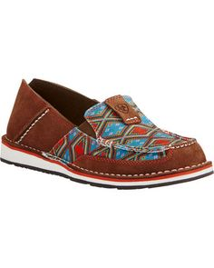 Standout in these beautiful shoes by Ariat. These Ariat Aztec Print Cruiser Slip-on Shoes are comfortable and stylish. Slip On Sneakers, Slip On Shoes, Flat Shoes, Clogs Shoes, Shoe Boots, Timberland Boots, Ugg Boots, Cute Shoes, Me Too Shoes