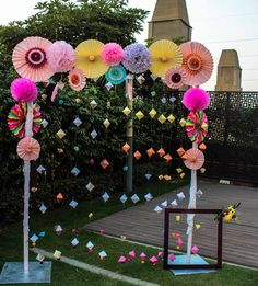 Birthday crafts party photo booths ideas for 2019 Desi Wedding Decor, Diy Wedding Backdrop, Wedding Stage Decorations, Diy Backdrop, Backdrop Decorations, Diy Party Decorations, Paper Decorations, Birthday Decorations, Wedding Themes