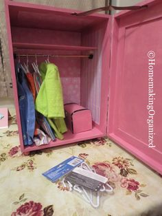 Make Your Own Cute 18 Inch Doll Closet – Homemaking Organized Tips for Keeping an Organized Home Diy Dolls Wardrobe, Diy Doll Closet, Make A Closet, Doll Organization, Doll Storage, Doll Clothes Patterns, Doll Patterns, American Girl Diy, Doll Furniture