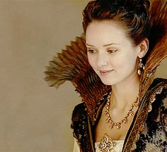 bbc musketeers Queen Anne | The-Musketeers-BBC-image-the-musketeers-bbc-36774278-245-225.gif