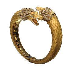 Dragon #bracelet by @CarrerayCarrera